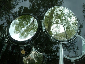 L'envers du miroir.jpg