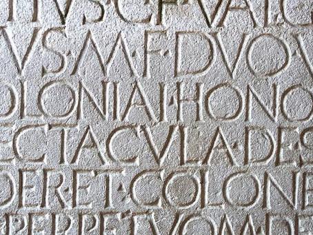 Le Figaro : «Et si la langue officielle de l'Union européenne devenait... le latin?»