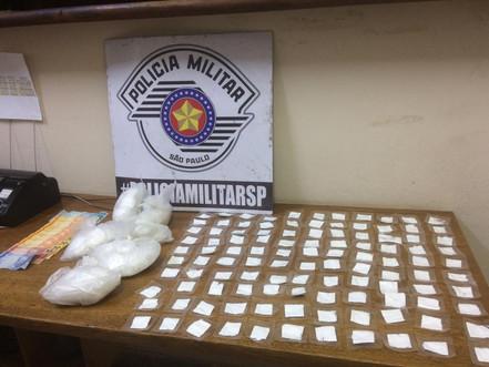 BIRITIBA MIRIM: Polícia Militar prende dois por tráfico de drogas