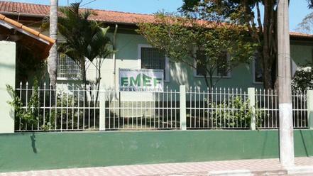 EMEF° Mestra Henriqueta e Secretaria de Educação estão em festa