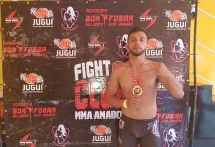 Atleta Salesopolense de MMA é destaque em campeonato na cidade de Guarulhos