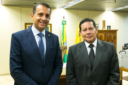 Bertaiolli convida vice-presidente para visitar Festa do Divino em Mogi