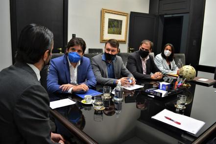 Direção do CONDEMAT pede retorno das linhas da EMTU ao Estado