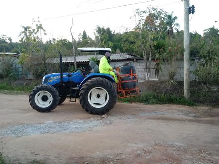 BIRITIBA MIRIM: Prefeitura realiza sanitização nos bairros com o apoio de agricultores