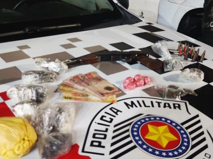 SANTA BRANCA: Polícia Militar realiza operação e prende traficantes no Parque São Jorge