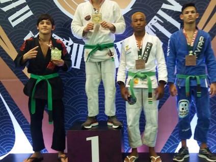JIU JITSU: Salesopolense é medalha de prata no mundial