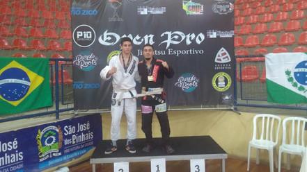 JIU JITSU: Salesopolense é campeão no Paraná