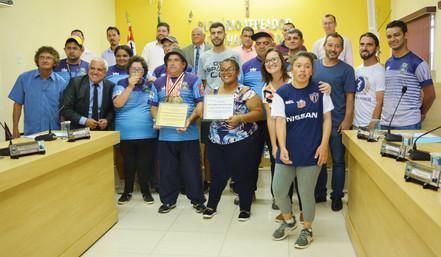 BIRITIBA MIRIM: Câmara homenageia atletas paraolímpicos