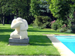 sculptures_près_picine
