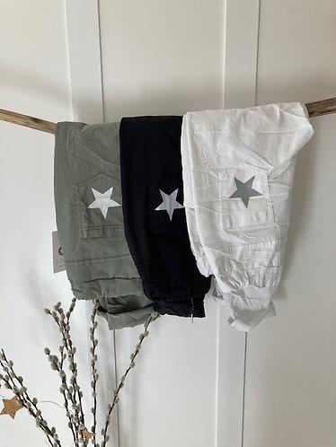 Magic cargo pants with star motif