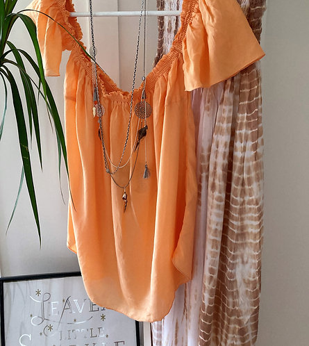 The Ibiza top in (baby orange)