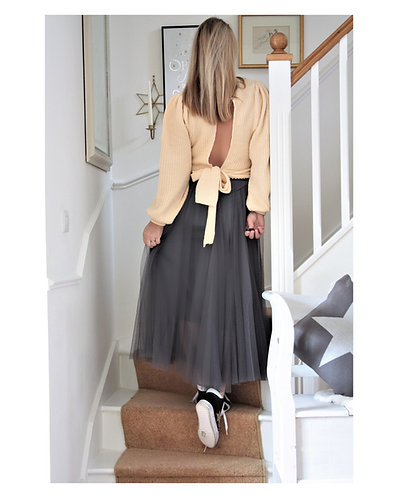 Tulle Maxi skirt in (charcoal)