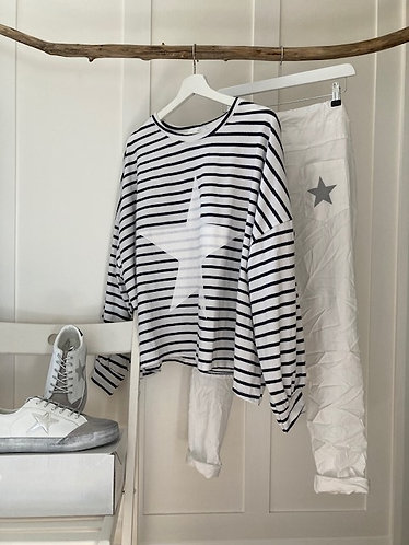 oversized baggy stripe star top in WHITE