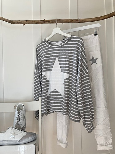 oversized baggy stripe star top in GREY