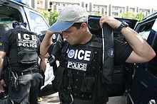 Cómo Funcionan las Detenciones de Inmigración en San Diego.
