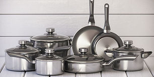 set-of-stainless-pots-and-pan-with-glass