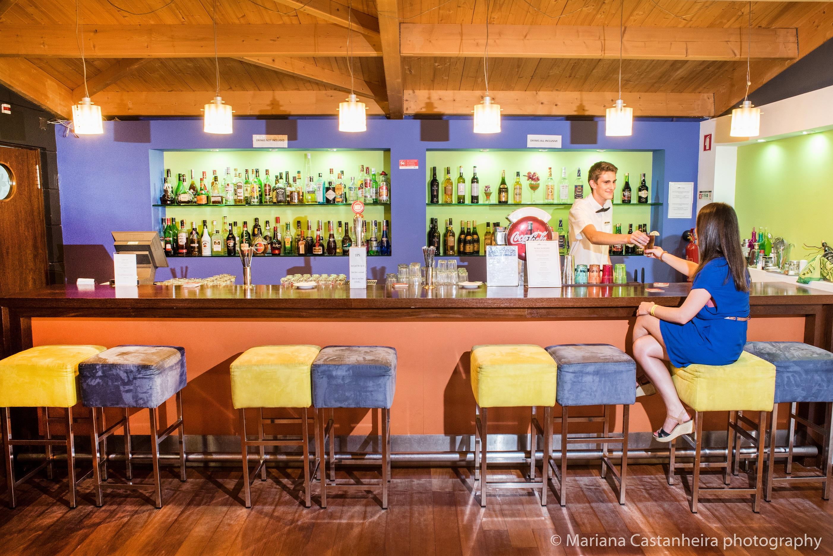 Yellow Alvor Garden - Lobby bar
