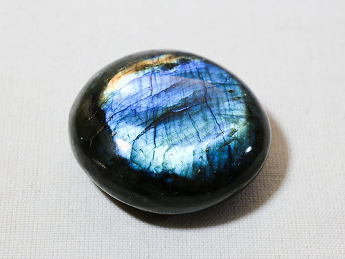 Labradorite pebble - width 55mm by 50mm deep