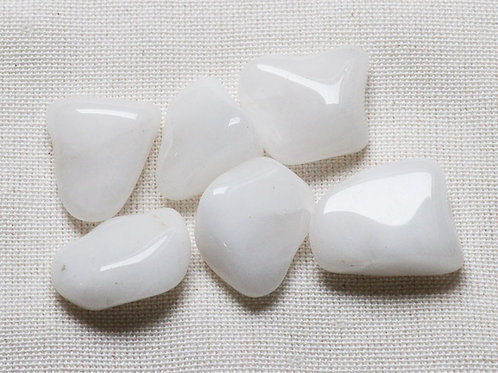 Snow Quartz Tumblestones - 50gm with blue velvet pouch