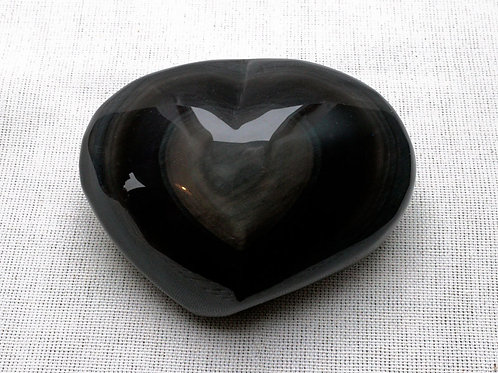 Black Obsidian Heart - width 95mm by 70mm deep by 35mm high - 287gm