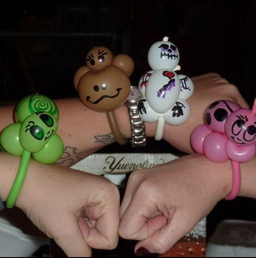 bracelet balloon animals.JPG