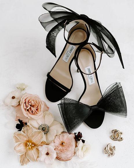 Jimmy Choo inspired wedding floral design in Houston Texas. Houston Texas wedding florist. Modern Day Romantics.