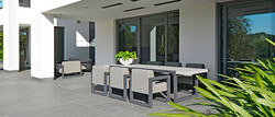 2017-Borek-alu-outdoor-fabric-Bergen-chair-and-table