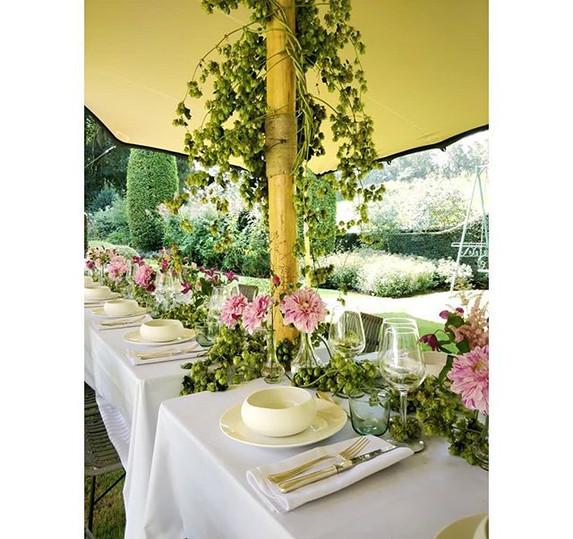 *FLASHBACK* To a wonderful garden party