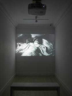 X-Display-04