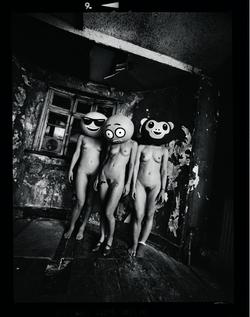 Ordinary Madness-03