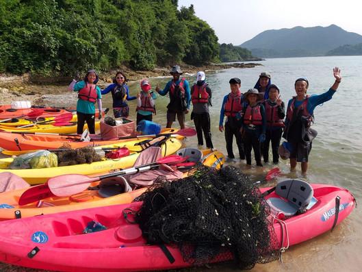 Breakthrough participants volunteered to clean up the ocean