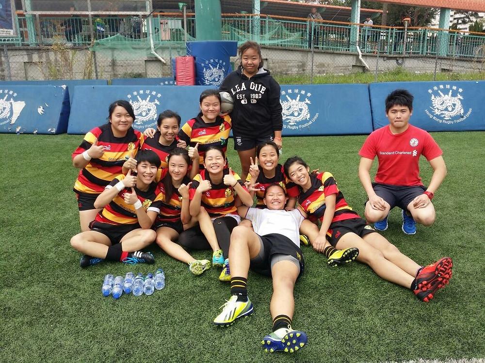 Girls U19 7s team.jpg