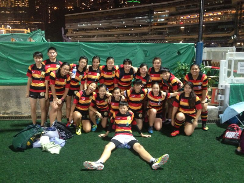 Breakthrough  girls (with a couple of boys) joined the winter mixed league touch tournament at Happy Valley.