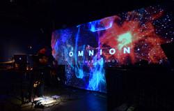 Omnion-scena