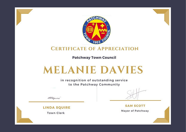 Melanie Davies .jpg