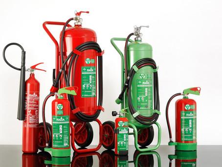 Yangın söndürme cihazı: Yuvarlak, parlak ve rengarenk bir kabus : ) reklam fotoğrafçısının kabusu :)
