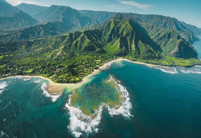 This Holiday, visit the beautiful Kauai Island