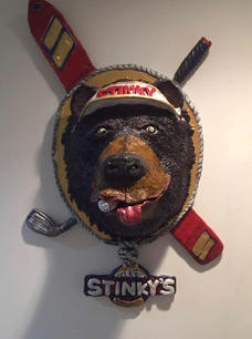 Stinky's Restaurant Sign
