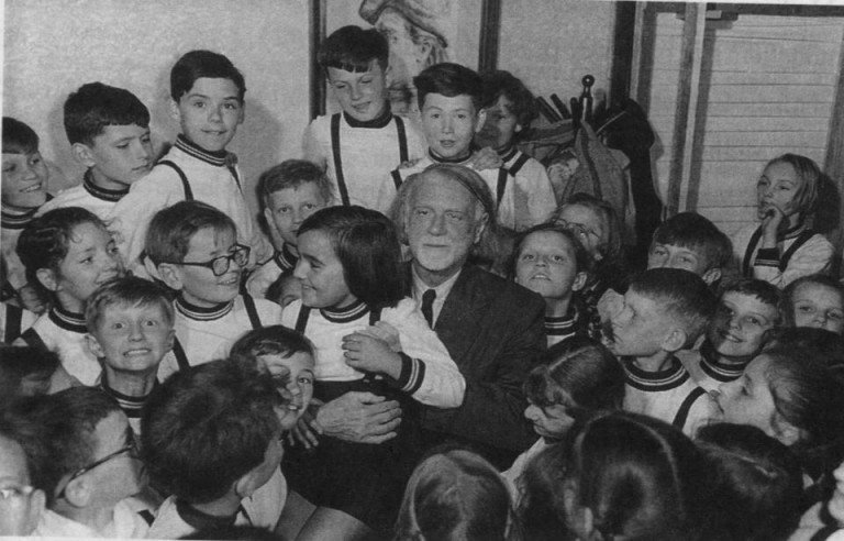kodály-and-children-768x492.jpg