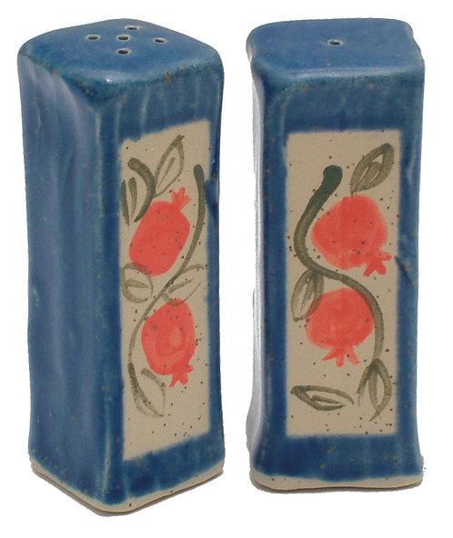 Salt & Papper shakers 1695