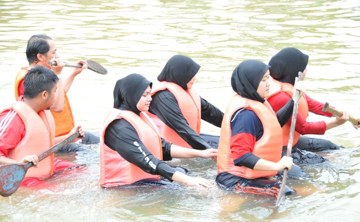Wsport3_Tube Raft.jpg