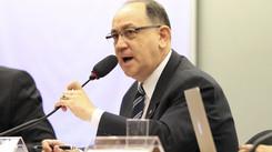 """""""Mais uma vez a conta não pode ser paga pelos trabalhadores"""" declarou Paulo Freire Costa"""