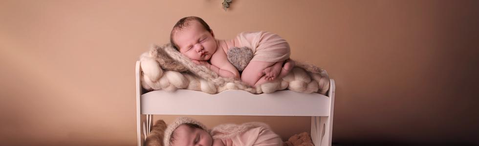 Newborn Photo Shoot Leicester, Little dreamers photography, Adele Holland, Newborn baby photography, newborn photographer leicester