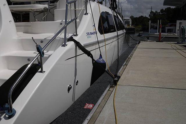Topsides detailing and pro-fender instal