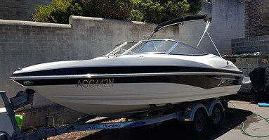 Larson speedboat