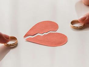"""""""נישואין (או גירושין) בבני אדם"""" מאת ורד קומיי – מטפלת זוגית ומשפחתית"""