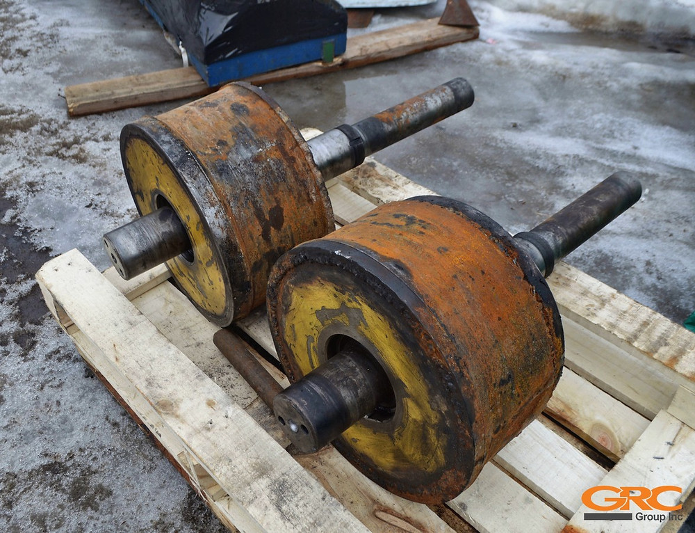 Опорные ролики барабанной сушилки до ремонта