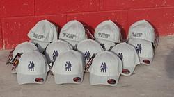 כובעי פלקספיט - רקמה על כובעים