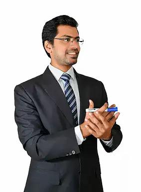 devansh lakhani.webp