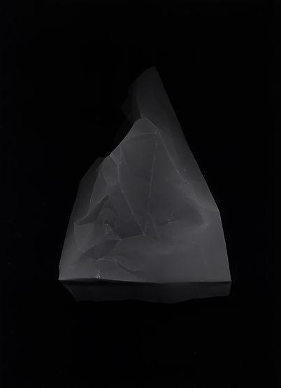 pierre triangle copie.jpg